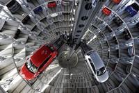 VW-Chef Diess droht mit dem Abbau von 100.000 Jobs