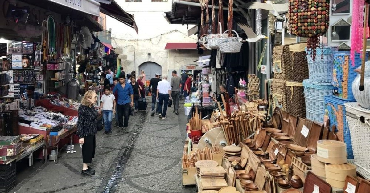 In this file photo people seem shopping in Tahtakale district in Istanbul, Aug. 23,2017. (iStock Photo)