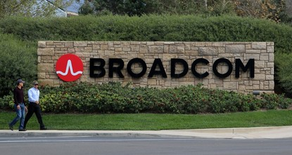 pAs part of its $103 billion bid to buy Qualcomm Inc, Broadcom Ltd has hinted that it would make big changes to Qualcomm's patent licensing business, a major cash-cow for the company but a source...