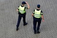 Utrecht: Polizist schlägt und tritt Muslima