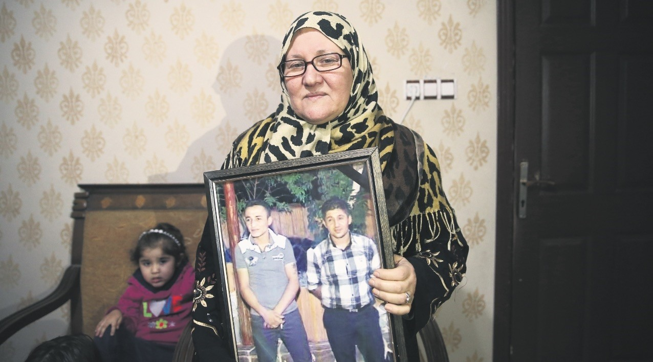 Meryem u015eeyhani, 58, escaped from YPG brutality and migrated to the southern Turkish province of u015eanlu0131urfa, where she currently lives in a rented house with her grandchildren.