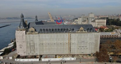 'Clock ticking' in restoration of Istanbul's iconic Haydarpaşa station