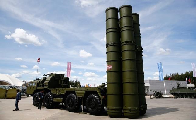 Россия начала поставки ЗРК С-400 в Турцию — Минобороны