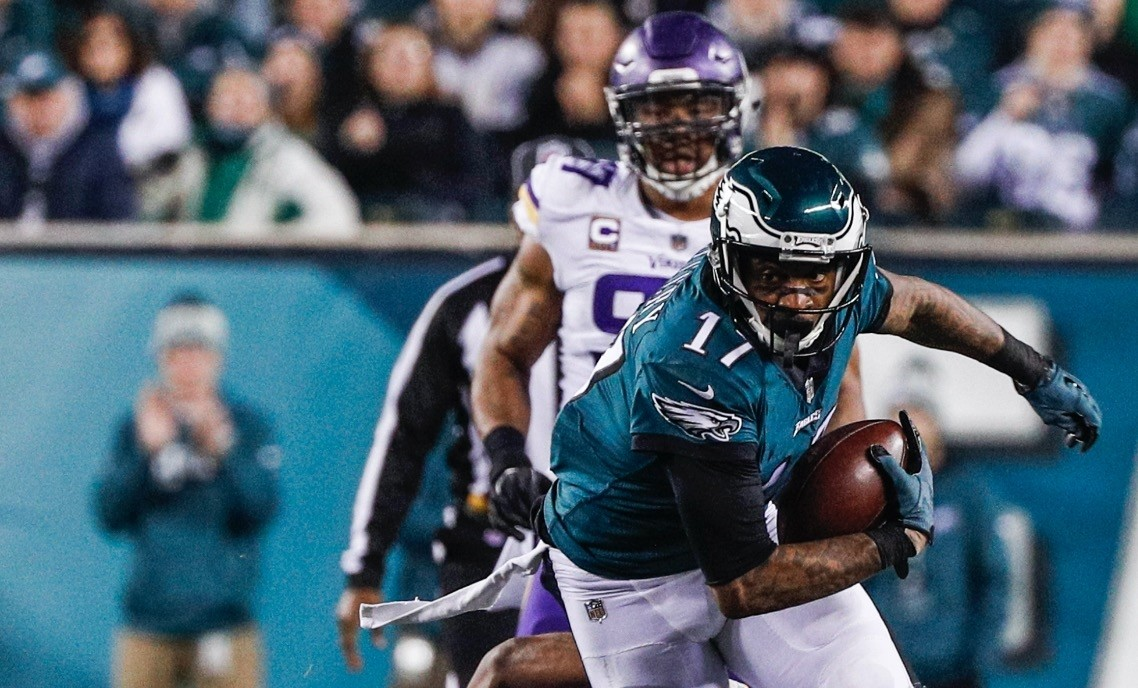 Philadelphia Eagles  wide receiver Alshon  Jeffery (R) escapes from Minnesota Vikings cornerback Xavier Rhodes (L) in the second half of the NFC Championship game at Lincoln Financial Field in Philadelphia.