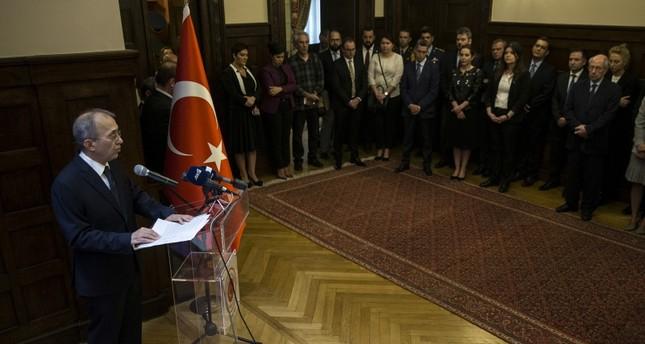 السفير التركي بأثينا يدعو اليونان لتسليم الانقلابيين الفارين بدل منحهم اللجوء