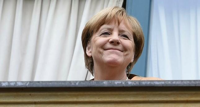 ميركل تفقد 10% من رضى الألمان عنها في شهر واحد