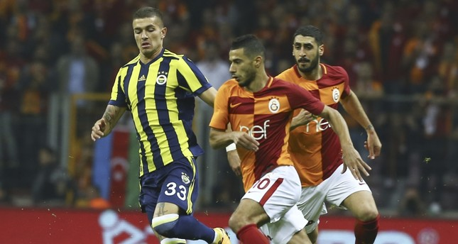 Fenerbahçe maintains unbeaten streak in derbies