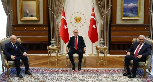 انتهاء اجتماع أردوغان مع زعيم الحركة القومية في أنقرة