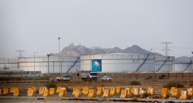 ترامب: سنساعد حلفاءنا بعد هجمات على منشآت سعودية نفطية
