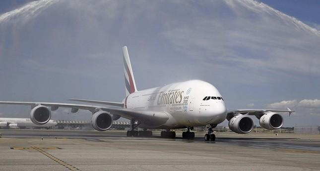 مراهق صيني يتسلل الى طائرة لطيران الامارات ليصنع ثروة في دبي