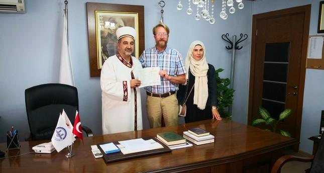 أندريه ميلر تود عسكري أمريكي سابق يعتنق الإسلام في مرسين التركية