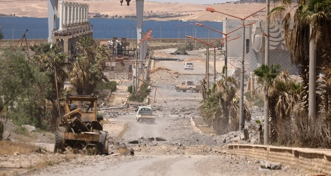 YPG-Truppen öffneten Korridor für Daesh-Terroristen