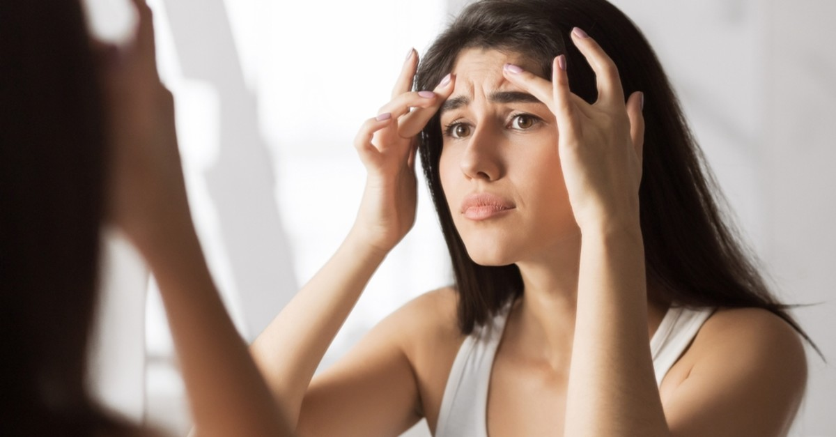The patients with Quasimodo syndrome generally examine their facial region and find a new flaw every time.