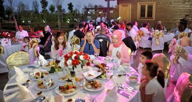 Russians host iftar dinner for Turks