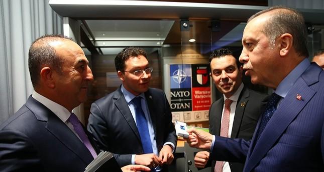 أردوغان يقنع وزير خارجية بلغاريا بالإقلاع عن التدخين