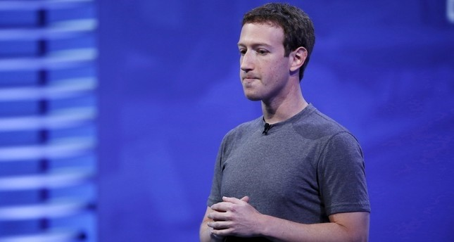 Facebook CEO Mark Zuckerberg speaks on stage during the Facebook F8 conference in San Francisco, California, U.S., April 12, 2016. (AFP Photo)