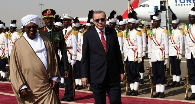 تركيا توقّع اتفاقات للزراعة والتنقيب عن النفط مع السودان