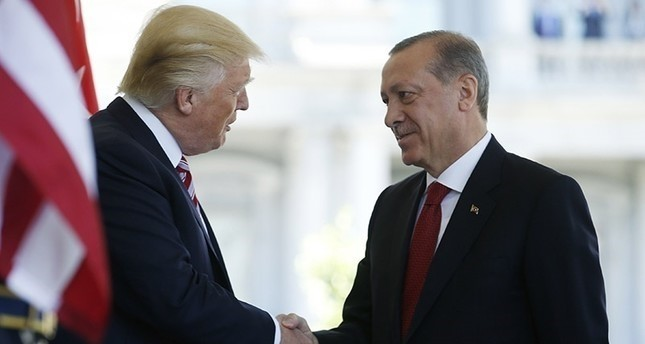 Erdoğan emphasizes Turkey's determination to clear border of YPG terrorists in call with Trump
