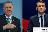 Erdoğan calls Macron to congratulate him over election victory