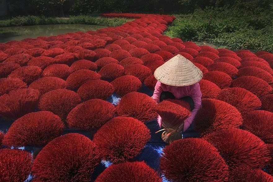 The Road Of Fortune, Vietnam - Honorable Mention, Splash of Colors