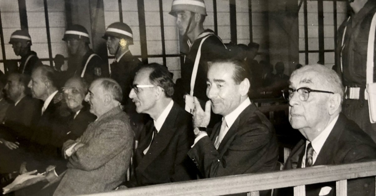 This file photo shows former President Celal Bayar (R), Prime Minister Adnan Menderes and FM Fatin Ru00fcu015ftu00fc Zorlu are seen during the Yassu0131ada Trials initiated after the 1960 coup. (Photo captured by Mehmet Nuri Tau015fdelen, guard officer at the time)