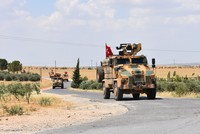 YPG's retreat from outer Manbij not enough, says Turkey
