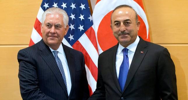 جاوش أوغلو يحذّر تيلرسون من تبعات قرار نقل السفارة الأمريكية إلى القدس