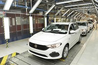 Turkey's automotive industry rose 28.4 percent in May compared with the same period last year, reaching an overall value of $2.566 billion, according to data from the Uludağ Automotive Industry...