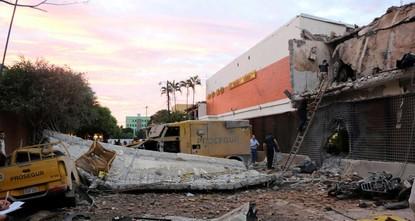 pBei dem Raubüberfall gegen ein Geldtransport-Unternehmen in Paraguay sind nach ersten Schätzungen um die 30 Millionen Dollar (etwa 28 Millionen Euro) aus einem Tresor entnommen worden./p  pRund...