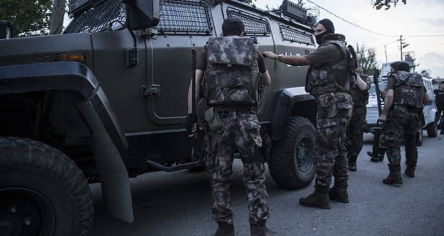 Istanbul anti-terror units during an operation against Daesh members AA Photo