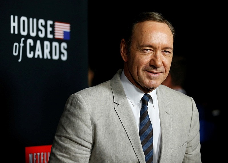 Cast member Kevin Spacey poses at the premiere for the second season of the television series ,House of Cards, at the Directors Guild of America in Los Angeles, California February 13, 2014. (Reuters Photo)