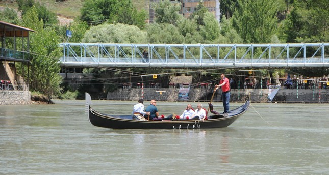 Gondola rides are now offered on the Munzur river for tourists and locals in Tunceli.