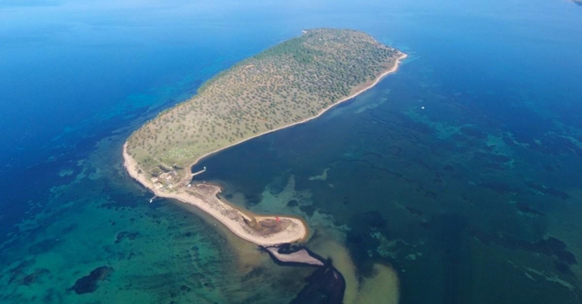 u00c7iu00e7ek Island in Balu0131kesir province, Turkey. (Sabah photo)
