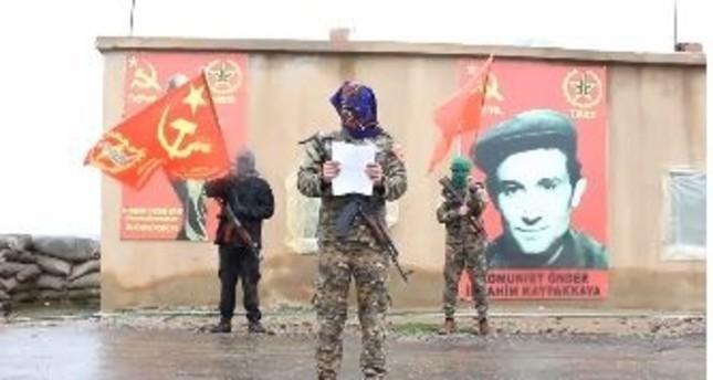 عضو فرنسي في جماعة إرهابية يسارية متطرفة يعرب عن دعمه للسترات الصفراء
