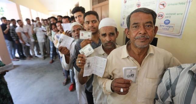 "Résultat de recherche d'images pour ""900 مليون يدلون بأصواتهم في الانتخابات التشريعية بالهند"""