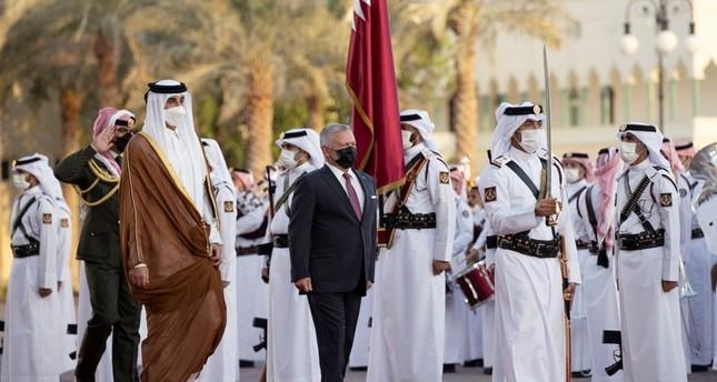 أمير قطر الشيخ تميم بن حمد آل ثاني يستقبل، الثلاثاء، العاهل الأردني الملك عبد الله الثاني الأناضول