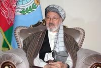 رئيس مجلس الشورى الأعلى للسلام في أفغانستان كريم خليلي