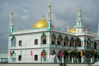 Turkey's IHH opens Vietnam's largest mosque