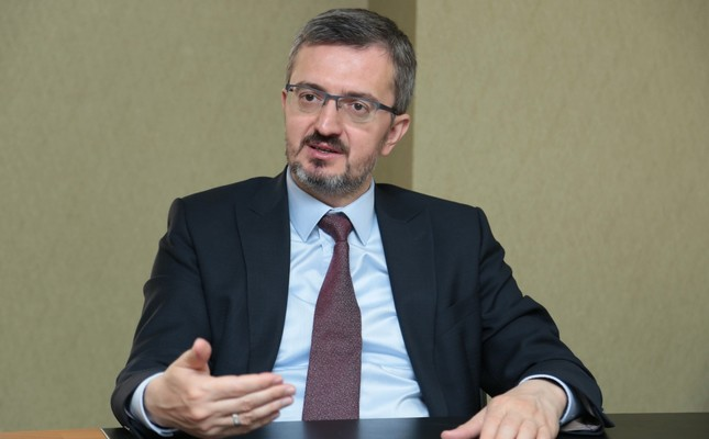 According to Prof. Burhanettin Duran, Turkey, for the first time in its history, wants to enter snap elections free of political turmoil.