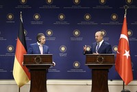 The Turkish and German foreign ministers held a phone call, according to diplomatic sources, who asked not to be named due to restrictions on speaking to the media.  The phone call between Mevlüt...
