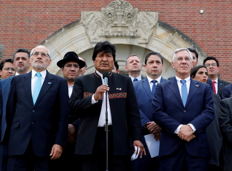 Bolivian President Evo Morales speaks outside the ICJ, the U.N.'s highest court for disputes between states, after the ruling on a dispute between Bolivia and Chile on access to the Pacific Ocean, in The Hague, October 1, 2018. (Reuters Photo)