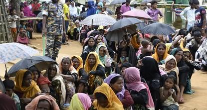 pBei einem Hilfseinsatz für Rohingya-Flüchtlinge aus Myanmar hat es in Bangladesch ein schweres Unglück mit mehreren Toten gegeben. Ein Lastwagen des Roten Kreuzes mit Hilfslieferungen verunglückte...