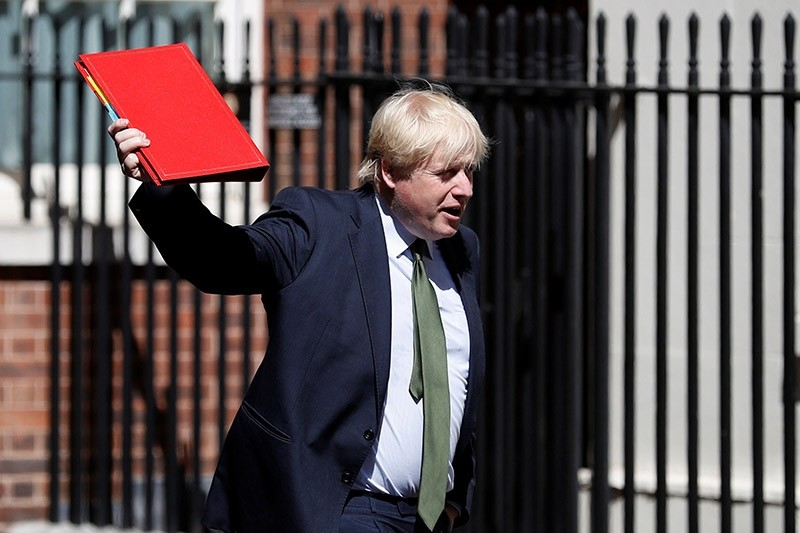 Britain's Foreign Secretary, Boris Johnson, arrives in Downing Street, in central London, Britain June 15, 2017. (Reuters Photo)