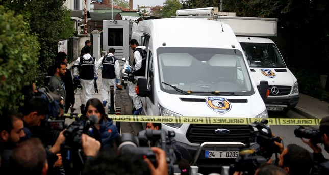 Turkish forensic officials arrive at the residence of Saudi Arabia's Consul General Mohammad al-Otaibi to investigate the Khashoggi murder, Istanbul, Oct. 17, 2018.