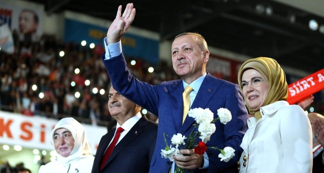 President Erdoğan returned his party in the extraordinary party congress held on May 21.