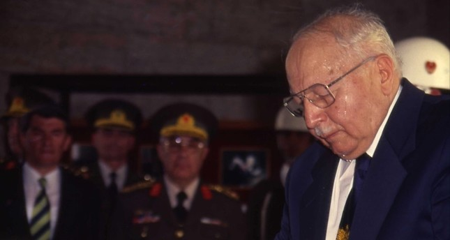 Necmettin Erbakan in an official ceremony at Atatürk Mausoleum. He resigned upon the 1997 military memorandum.