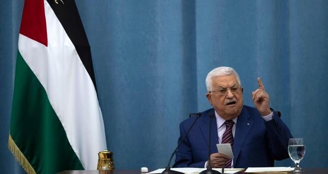 استطلاع رأي: 80 % من الفلسطينيين يريدون رحيل عباس