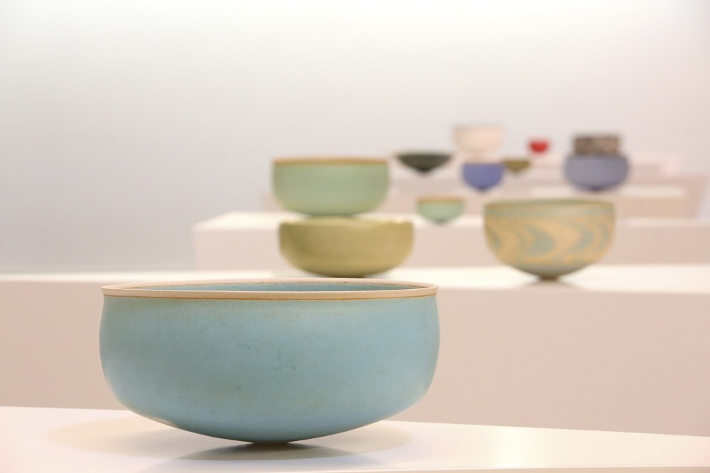 Pottery made by women from villages is presented with the forms of Alev Ebuzziya, an influential modern artist, in the exhibition titled u201cToprak.u201d