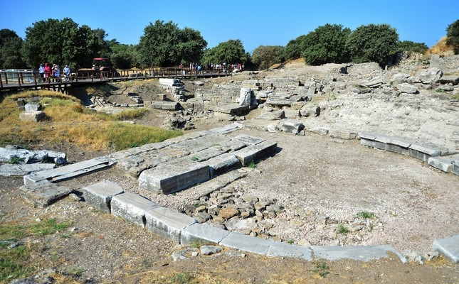 New findings of Troy-0 and Troy-1 periods reveal that the city has a history of 5,500 years.