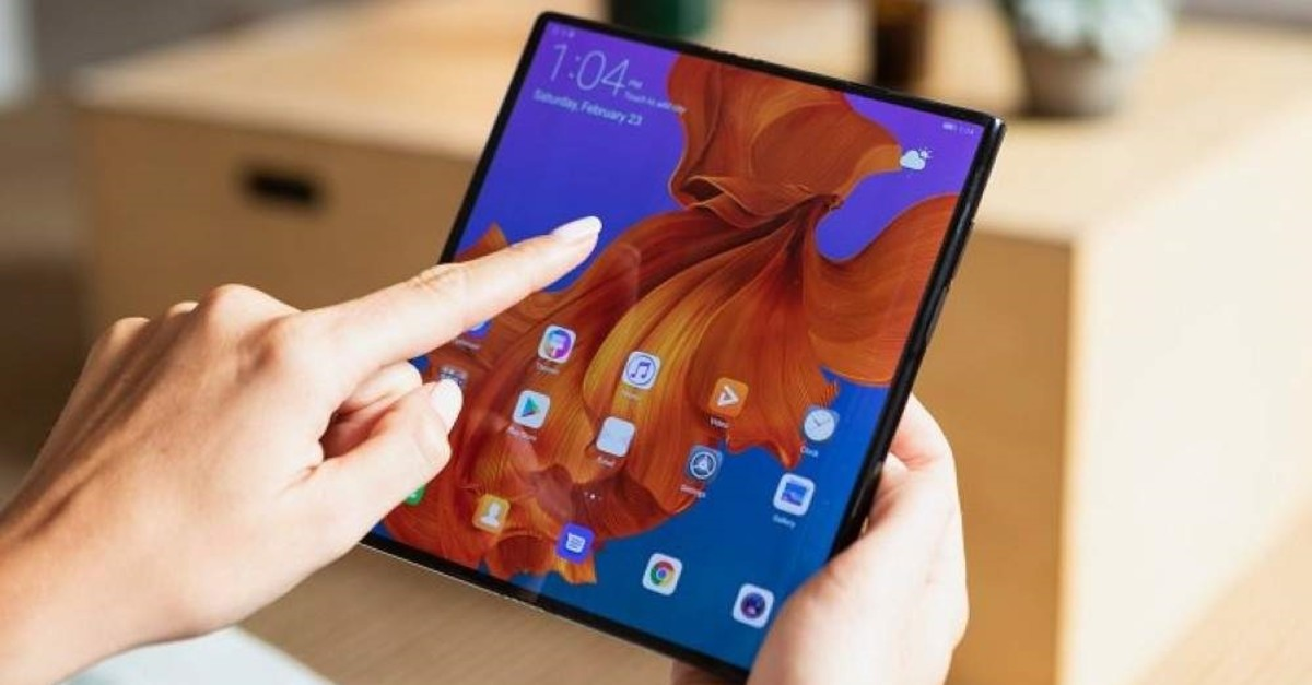 Although 2019 has introduced a number of novelties in retail technology products, the belated launch of 5G technology, stolen credit card data and failed advance of foldable mobile phones have remained as biggest and most memorable disappointments.